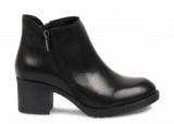 boots - turbulent