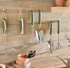 outil de jardinage serfouette a main