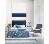 photo   Bout de canapé industriel AXIL avec plateau amovible Bleu