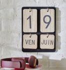 calendrier perpetuel 18x24 cm naturel / noir