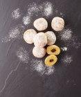 8 mini beignets