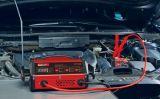 photo Chargeur de batterie pour voiture avec aide au démarrage