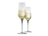 flutes a champagne ou verres a vin en cristal