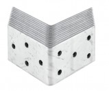 supports de poteau equerres ou plaques perforees