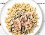 poulet et petites pates sauce aux champignons