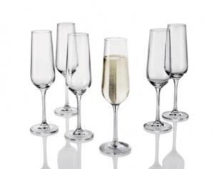 flutes a champagne ou verres a vin